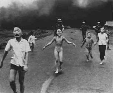 vietnam war photo napalm